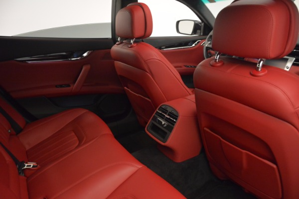 Used 2015 Maserati Quattroporte S Q4 for sale Sold at Bugatti of Greenwich in Greenwich CT 06830 25