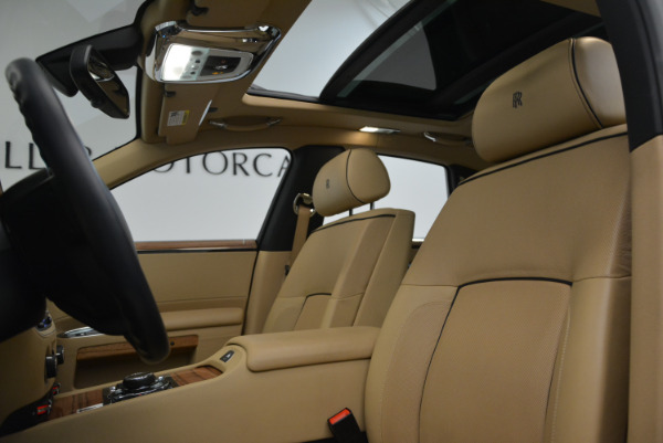 Used 2014 Rolls-Royce Ghost V-Spec for sale Sold at Bugatti of Greenwich in Greenwich CT 06830 22