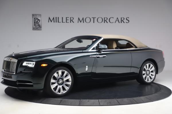 Used 2017 Rolls-Royce Dawn for sale $248,900 at Bugatti of Greenwich in Greenwich CT 06830 17