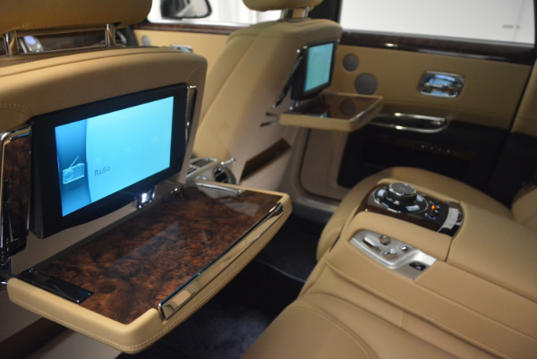 Used 2017 Rolls-Royce Ghost for sale Sold at Bugatti of Greenwich in Greenwich CT 06830 28