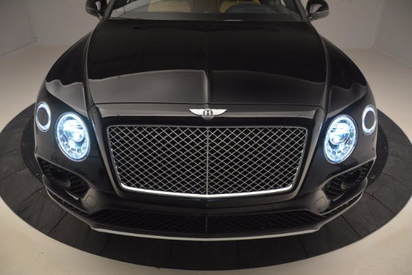 Used 2017 Bentley Bentayga for sale Sold at Bugatti of Greenwich in Greenwich CT 06830 17