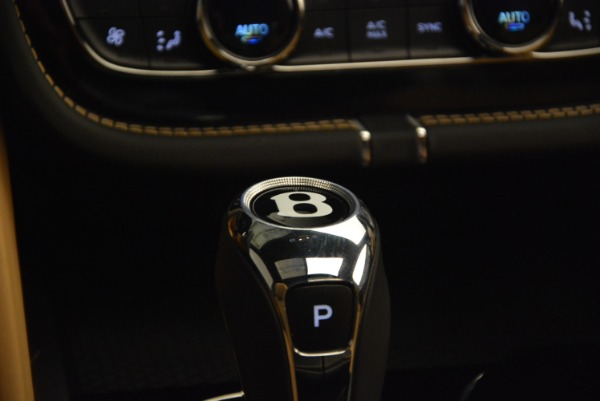 Used 2017 Bentley Bentayga for sale Sold at Bugatti of Greenwich in Greenwich CT 06830 24